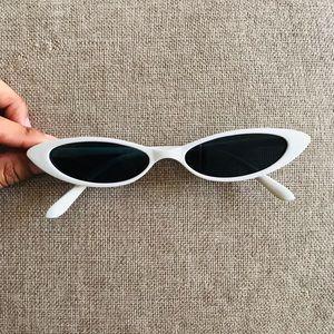 Accessories - Retro Slim Cat Eye Sunglasses